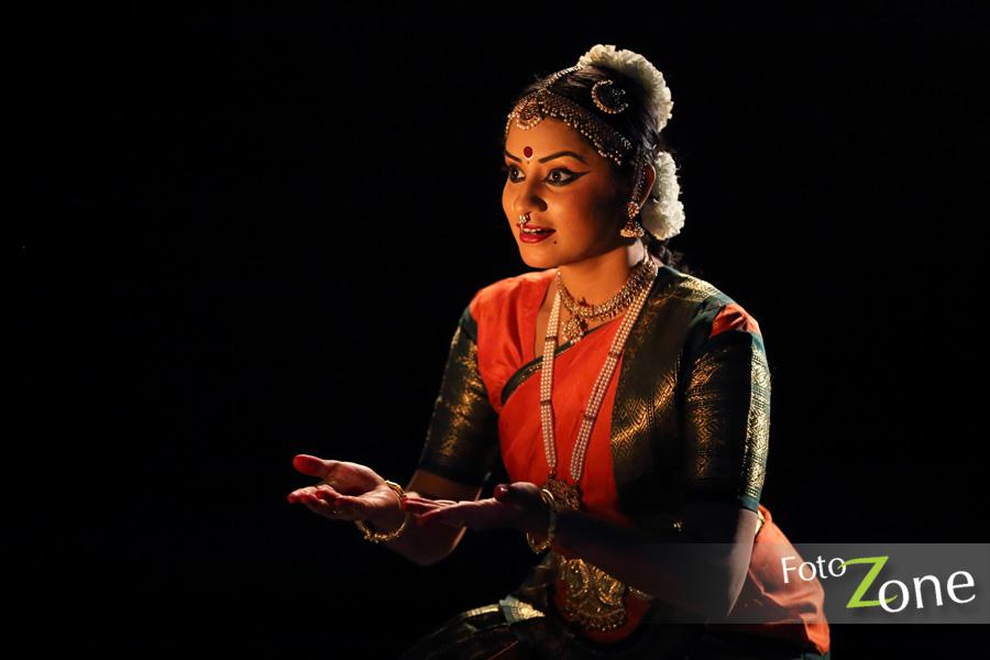 bharatanatyam poses - photo #21