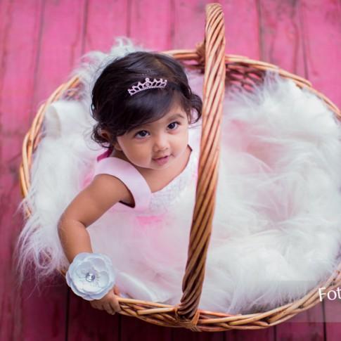 Fotozone Professional Wedding And Portrait Photographers