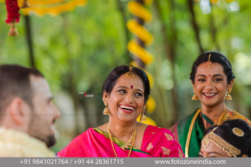 Candid shots of bride's family